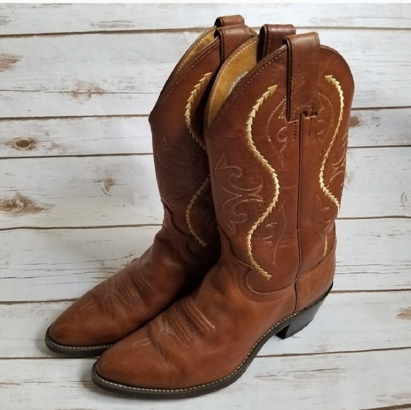 eabdf7b7d6156d Justin Boots Shoes - Justin classic western boot in Golden Saltillo